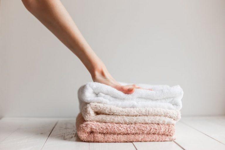 Zachte handdoeken door een waterverzachter